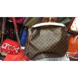 LOUIS VUITTON(VL) Monogram Canvas Artsy MM Shoulder Handbag